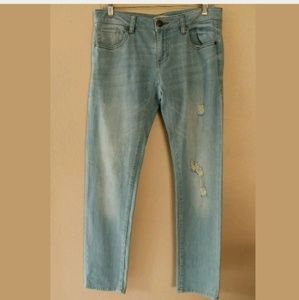 CABI Deconstructed Brett JEANS Size 2 Destroyed